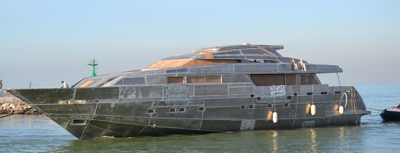 scafo-sovrastruttura-marine-project-02